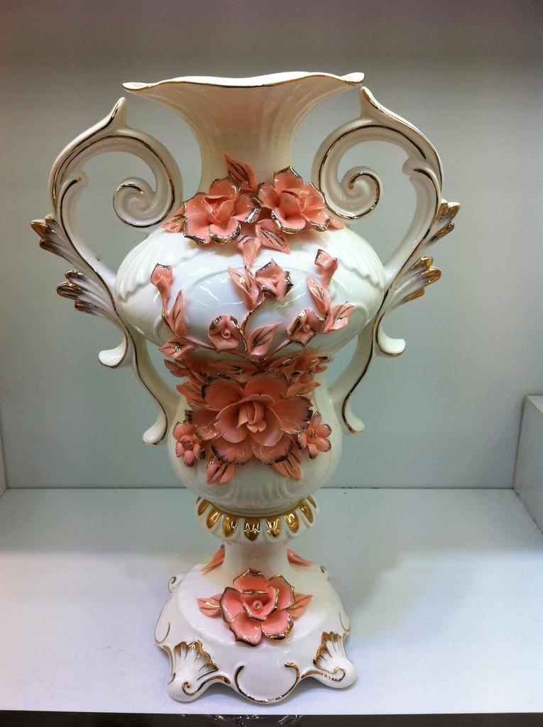 Supply Jade Porcelain Ceramic Vase Crafts Ornaments Bone China
