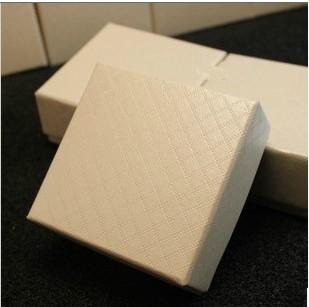 高档方格米白 黑 红色首饰包装盒 项链戒指盒正方形盒