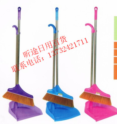 Factory direct sales of stainless steel rod broom to the bucket suit suit broom dustpan combination combination suit