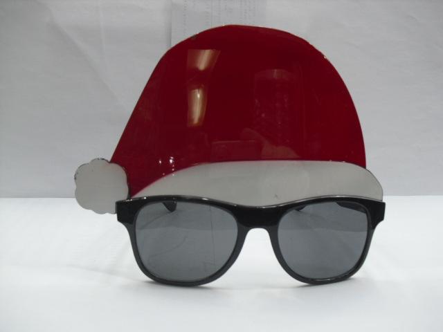 型号:819-1 圣诞老人帽舞会太阳眼镜采用优质的塑料材料精心加工制作而成的,外形为圣诞老人帽子设计。装箱规格为300副/件,最小批量为2件。如有不明事宜请与客服联系,QQ:695757307,电话/微信:17757944448、15381796665