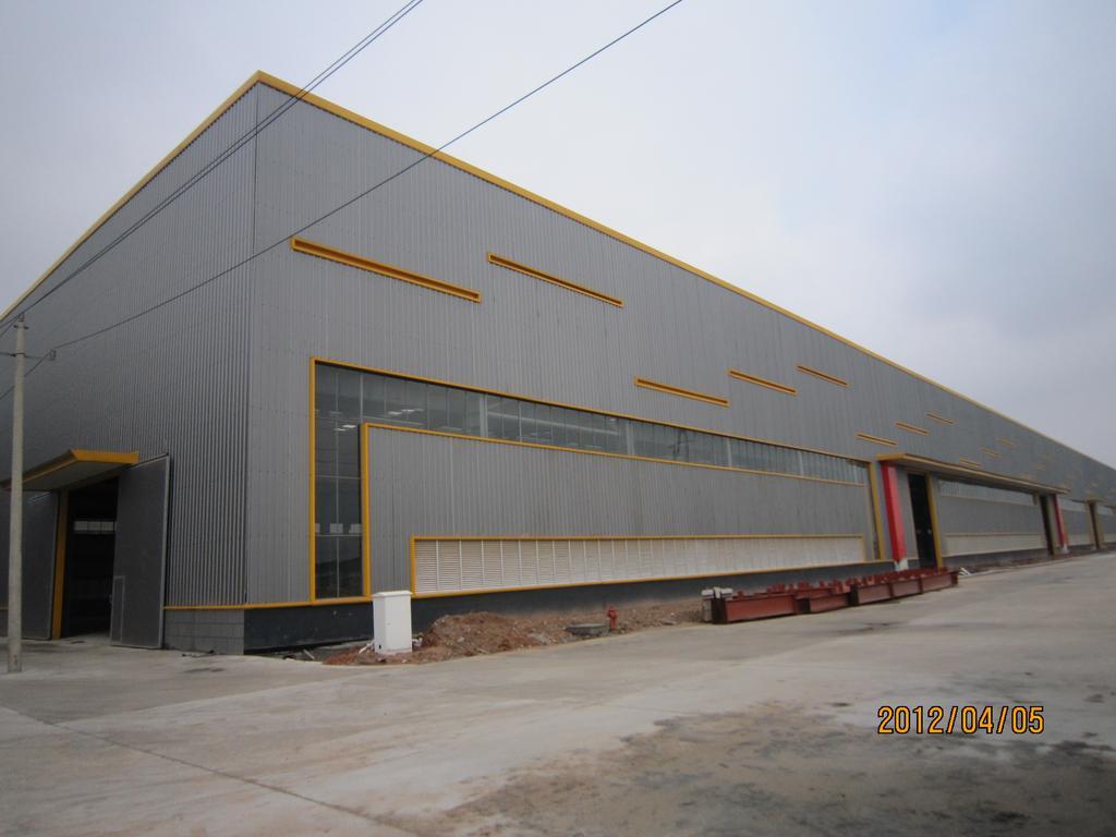 钢结构厂房 钢结构超市 钢结构雨棚 钢结构楼梯 楼房