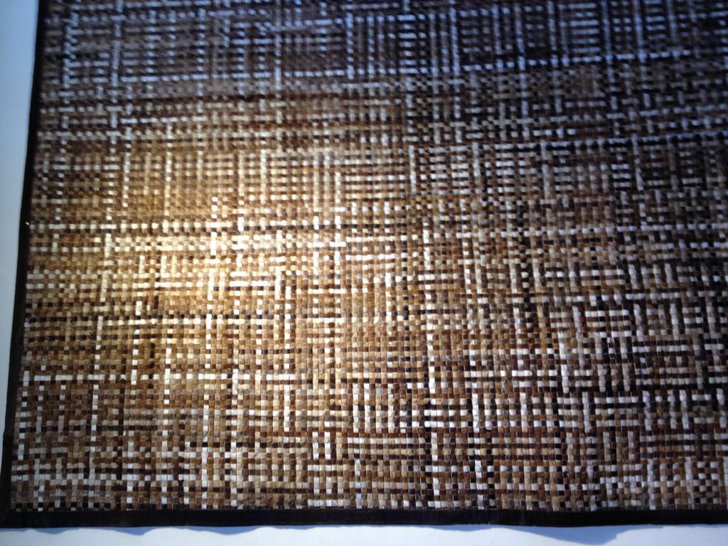 印度进口手工编织牛皮地毯_ 博尔卡特_ 义乌国际商贸