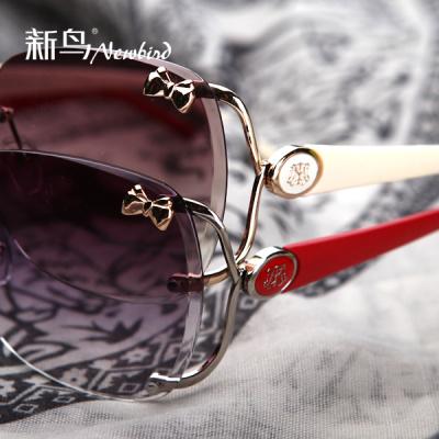 New bird ladies sunglasses sunglasses sunglasses brand new box driver Sun glasses fashion sunglasses mirror 5110