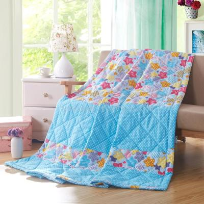 Snow pigeon home textile new summer is the student children's fashion cartoon thin quilt air conditioning is