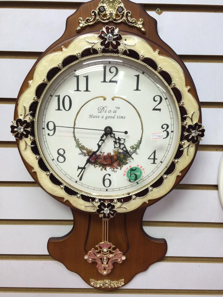 欧式客厅挂钟 创意简约时钟木质静音石英钟艺术挂表