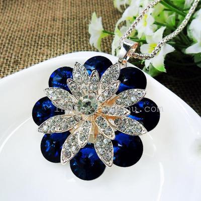 CCC3426 Korean version of joker full rhinestone Crystal Flower necklace jewelry fashion accessory garment pendants