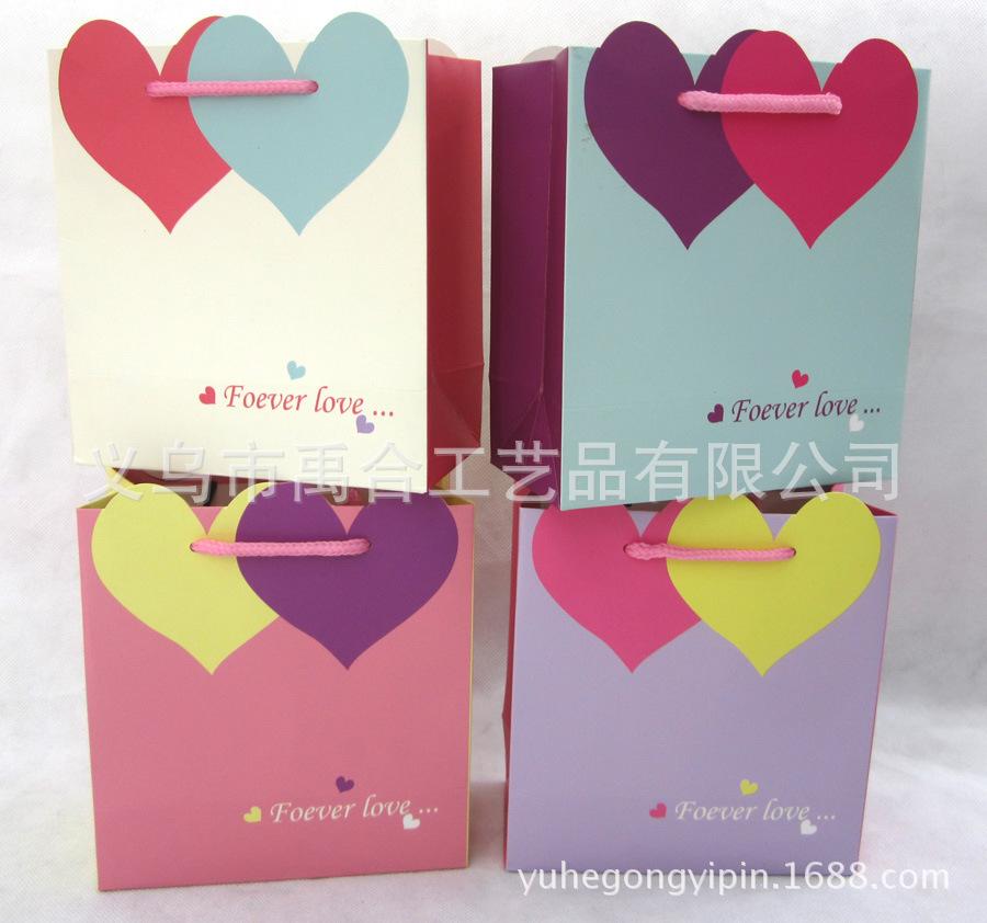 韩版心形手提袋喜糖礼品纸袋 可爱婚庆生日手拎包装纸