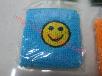 Smiley faces happy face QQ expression pattern, embroidered wristbands towels embroidered cashmere wrist Sweatbands custom embroidered Sweatbands HAPPY
