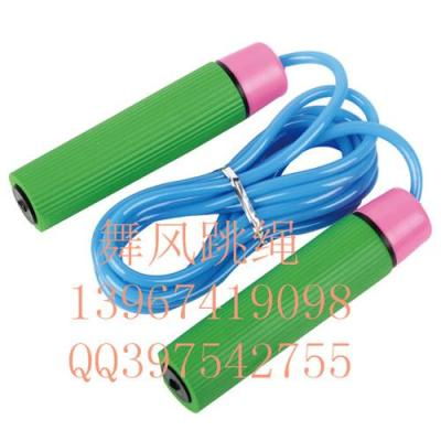 Wind dance student tests the standard rope skipping plastic rope sponges bearing handle advertising gift jump rope