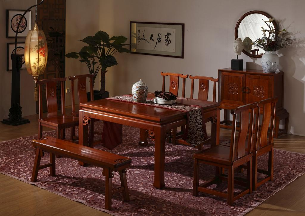 木宝美家新中式黄金樟纯实木餐桌图片