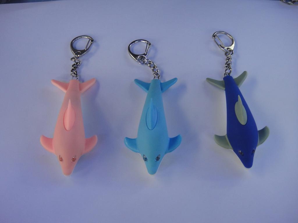 塑料带灯小挂件 海豚发声钥匙扣 可爱创意动物系列 小