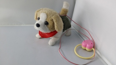 Simulation of moving children gift toy dog plush toys will be called will wag their tails