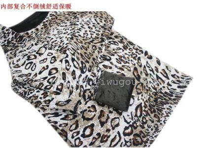 Thickened middle and old aged women's thermal underwear and fleece long sleeve Coat Factory Outlet