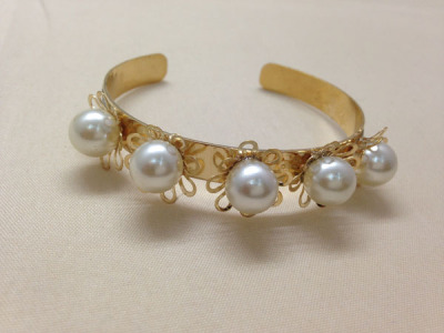 Opening the Tin posted Pearl onion powder bracelet electroplating the world's fashion accessory bangles