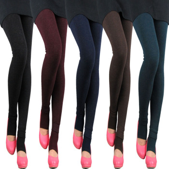 New winter and winter cotton cashmere thickened colorful female trousers worn outside the foot thick warm Leggings