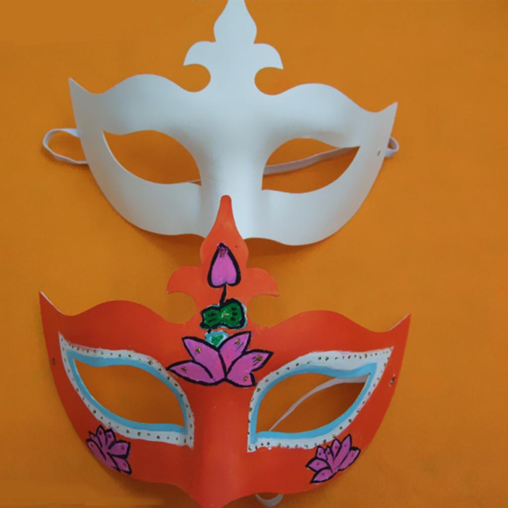仿生皇冠面具手绘图片