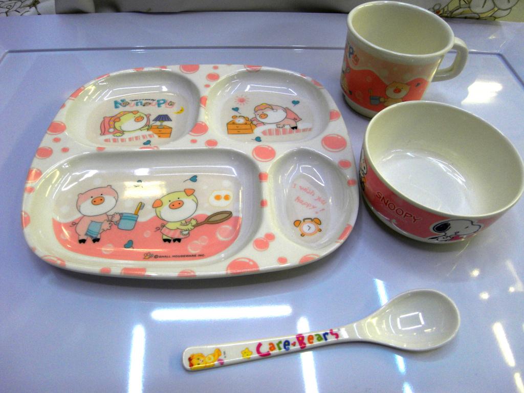 迪士尼儿童餐具 梦幻米奇套餐碗 可爱卡通餐具 美耐皿婴儿餐具