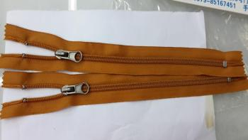 Clothing zipper button snap button jeans button shoe buckles buckles Bell apparel buckles