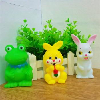 宝宝洗澡戏水玩具 会发声音的各种可爱动物 捏捏叫搪胶动物玩具