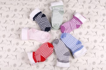 Factory direct 2014 children fashion fall/winter warm Terry cotton socks-striped Terry socks wholesale