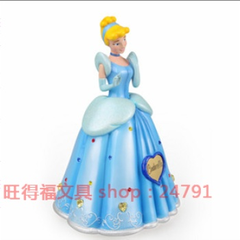 Genuine Disney Princess Cinderella decorations crafts of House decoration and environmental protection resin ornaments