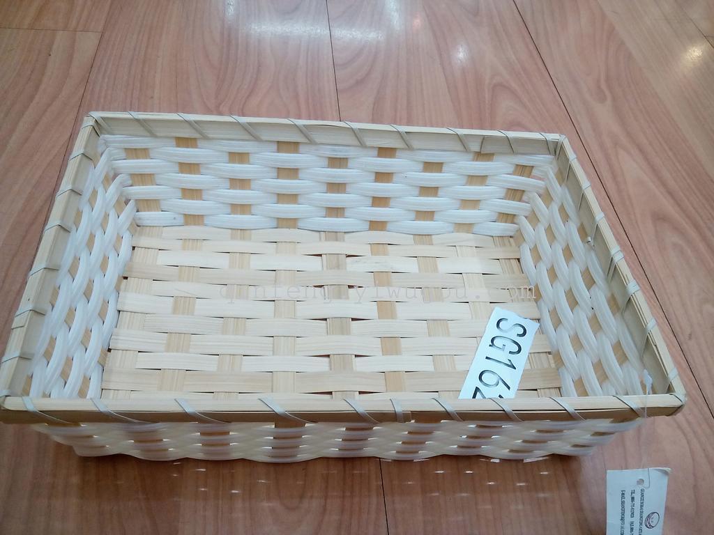 竹篮编织工艺品