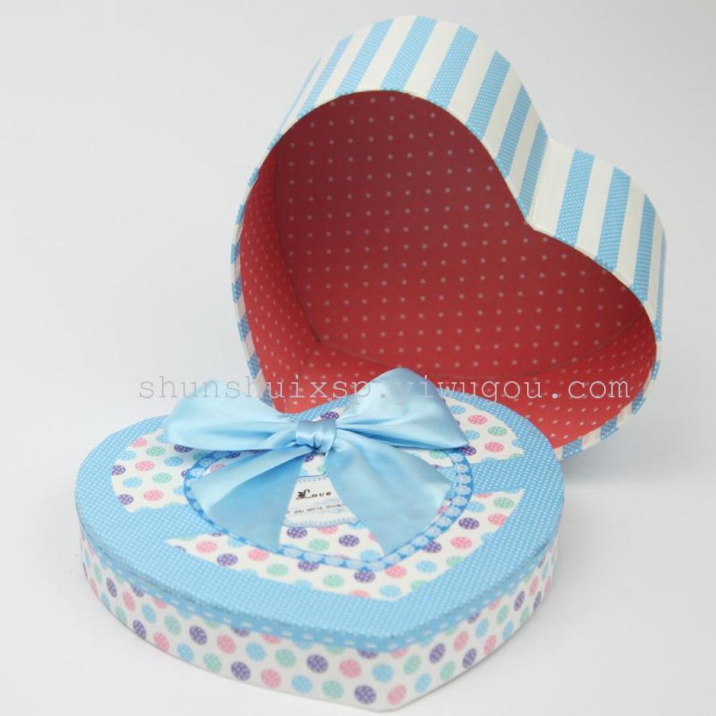 新款可爱卡通心形礼品盒爱心礼物盒生日星星盒子