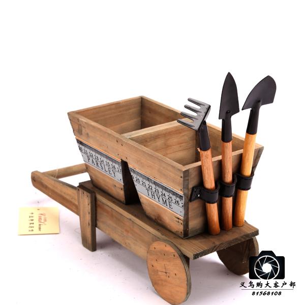 垚谰工艺品厂        木制工艺品以各种木头为主要原料,有机器制作,有图片