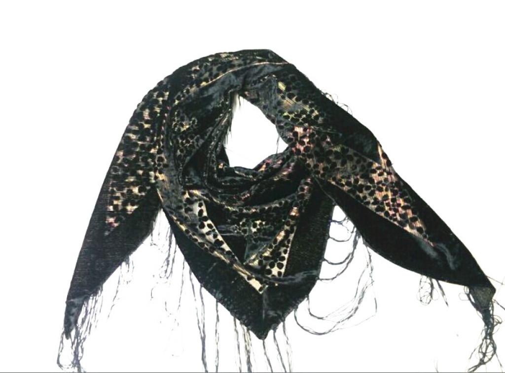 外贸丝绒三角围巾披肩
