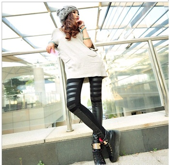 In the spring of the new Europe leather pencil pants pants pants nine