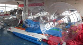 Manufacturers selling inflatable water walking ball water drum grass leisurely wave ball touch the ball hit for