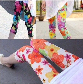New women Korea graffiti color flower printed cotton cropped trousers ultra slim Candy-colored leggings