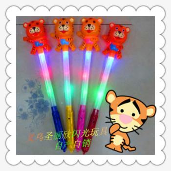 Electronic flashlight ultra bright LED lamps manufacturers supply cartoon flash tube flash toys