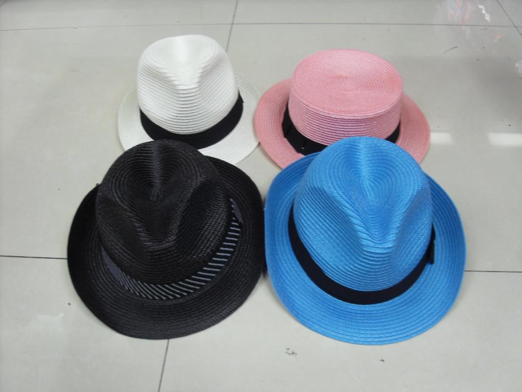 201,403,157 の純粋な白いミニマリスト黒弓帽子を編組