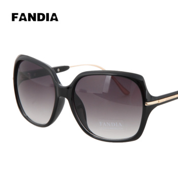 cheap fashion sunglasses  big-name fashion
