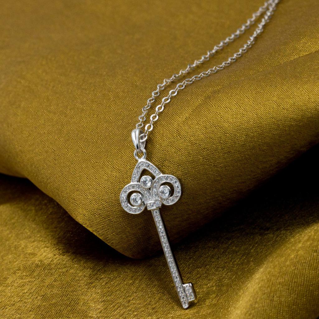 серебро 925 т микро - алмазы шипованные ключи ожерелье корейского модные украшения оптом