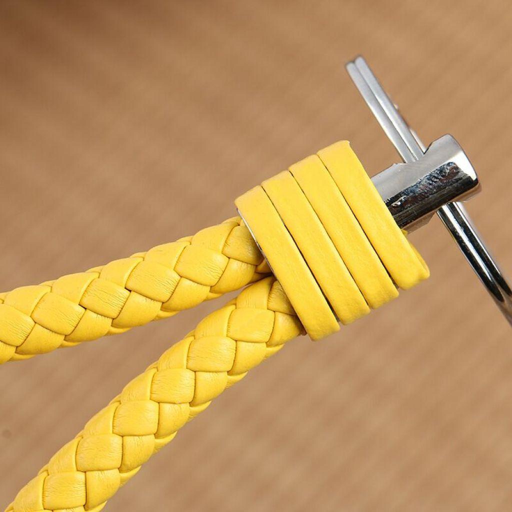 新款bv钥匙绳纯手工编织皮绳吊环钥匙扣创意a036
