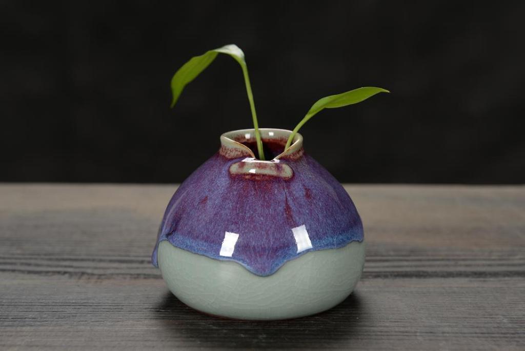 供应陶瓷摆件 钧瓷窑变小花瓶小花插图片