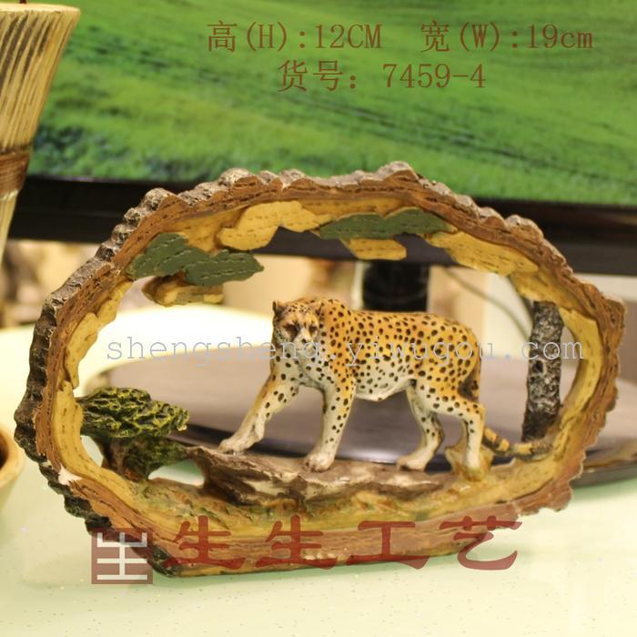 树脂精品 仿树干写实动物 工艺品摆件