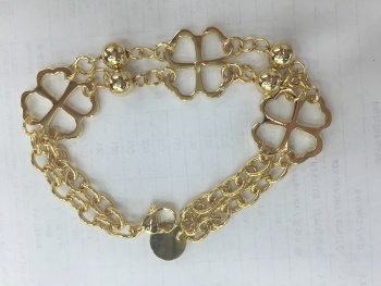 Fashion jewelry trade original Golden four leaf clover stainless steel ladies casual bracelet