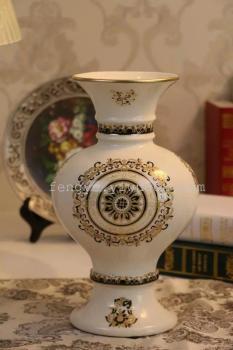 Hot European antique ceramic vases and creative process fine cracks