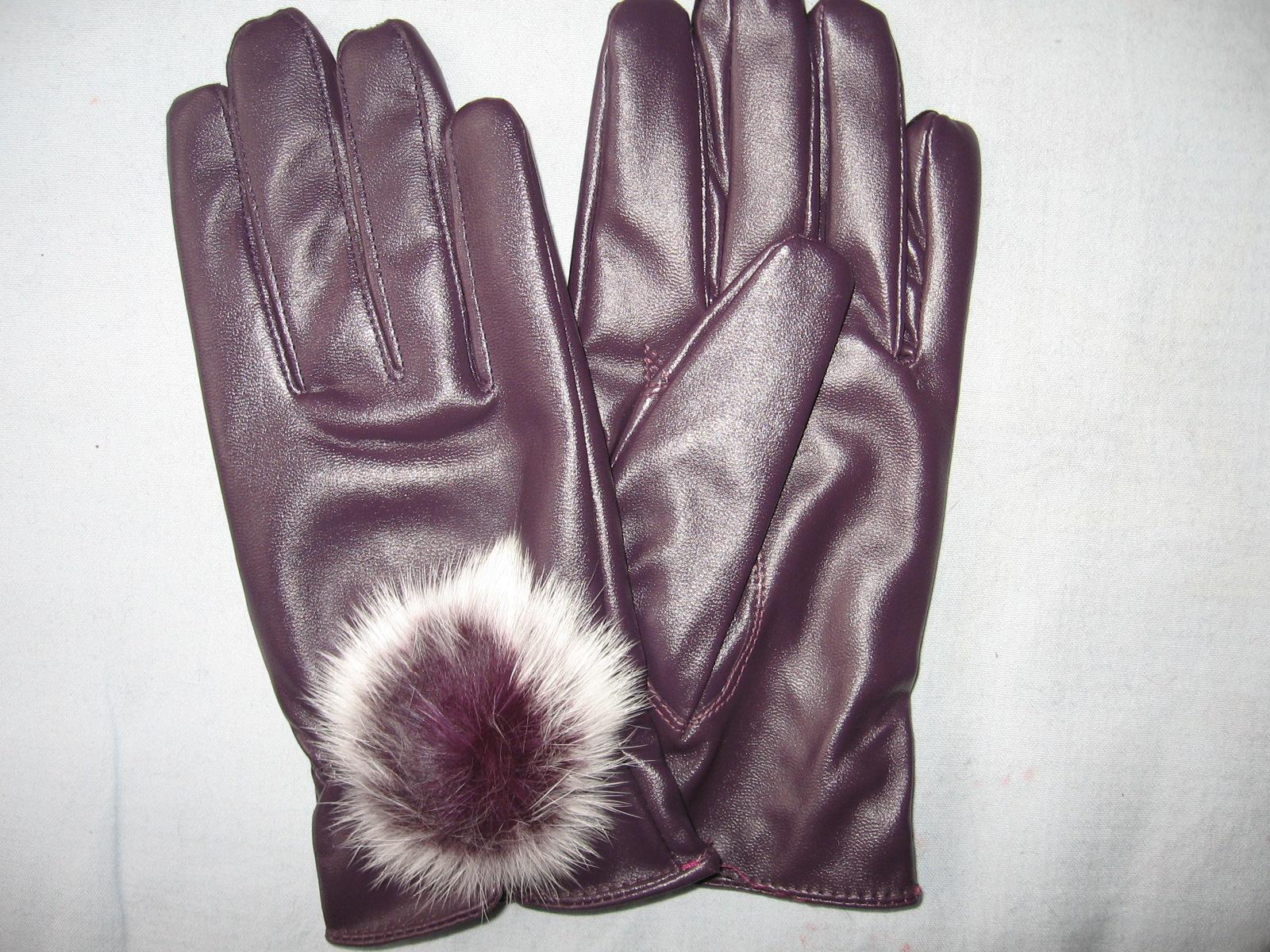 手袋の女性のpuレザーファーボール3色コード01韓国スーパーソフト数5023