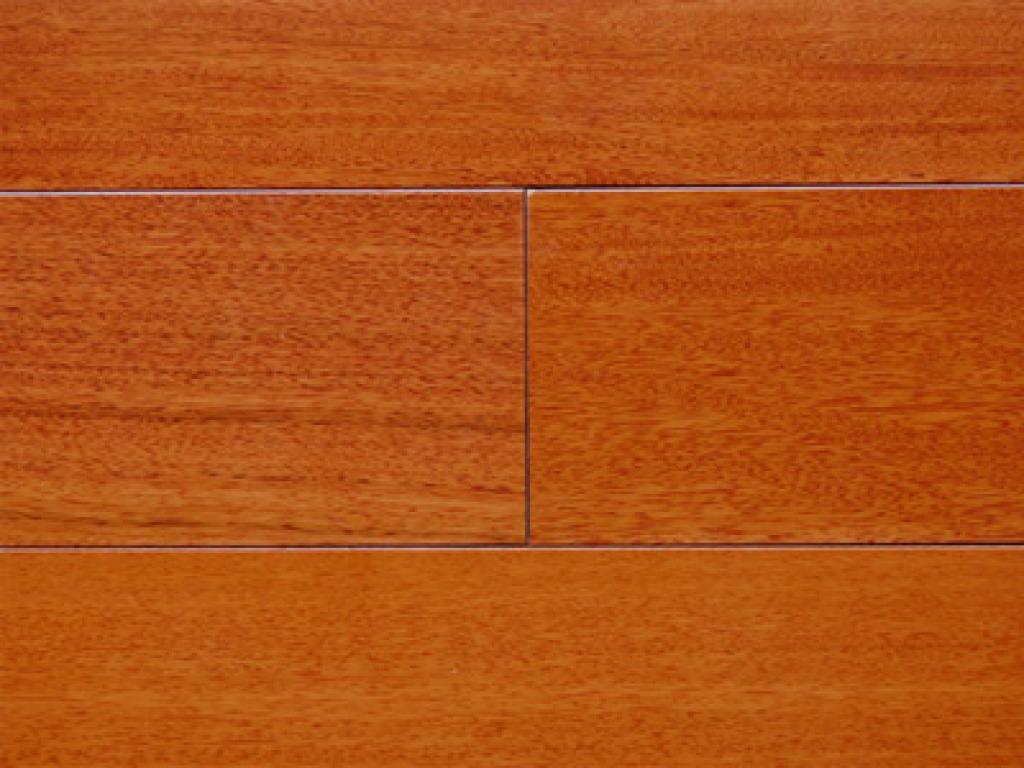 强化复合木地板12mm 耐磨防水,复合地板