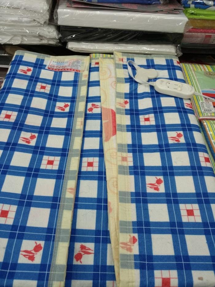 百鹤电热毯是采用双层螺旋发热导线具有全线路