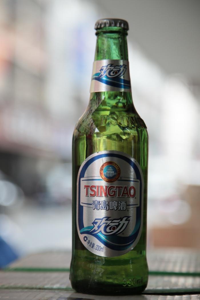 酒水 秋鑫酒业  商品名称:青岛欢动啤酒 类型:啤酒 产地:青岛 酒精度