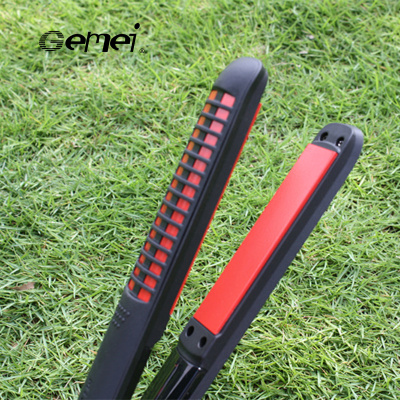 GEMEI beauty 1968 electro-plate straightener export dual-use straight hair curling iron artifacts