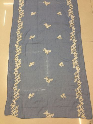 Knitting raw materials manufacturers selling stereo embroidery embroidered cotton scarf cotton fabric