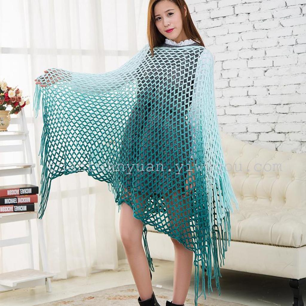 韩版新款毛线斗篷披肩女秋冬时尚流苏段染V领套头