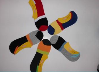 Men socks in spring and summer color stripes silicone non-slip men's bamboo fiber stealth boat socks wholesale