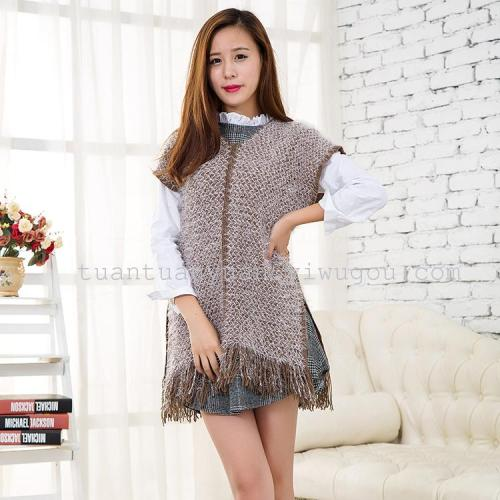 Manufacturers selling warm wool knitted fabric V neck short sleeve coat tassel wool shawls Cloak